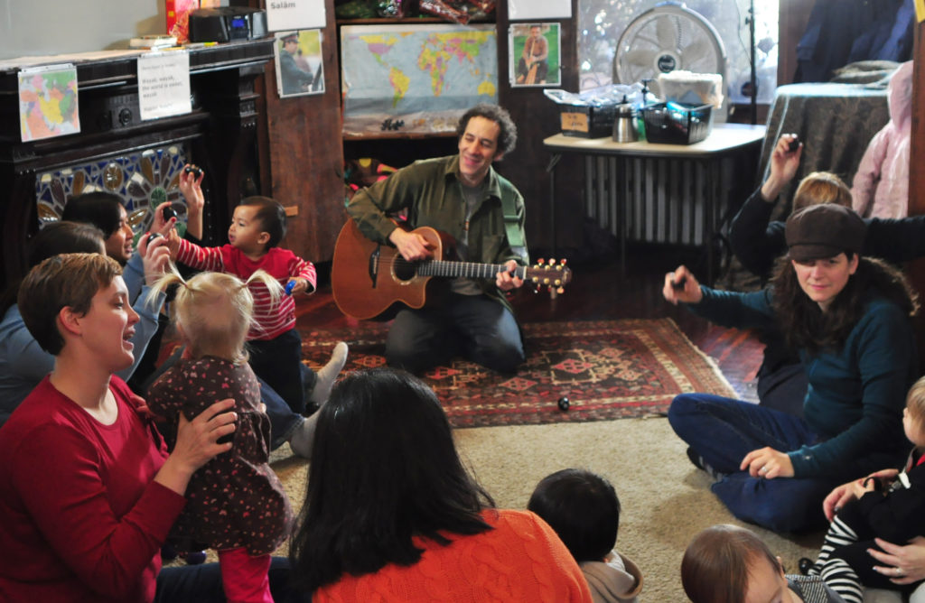 Jay Sand teaching an All Around This World kids music class in West Philly
