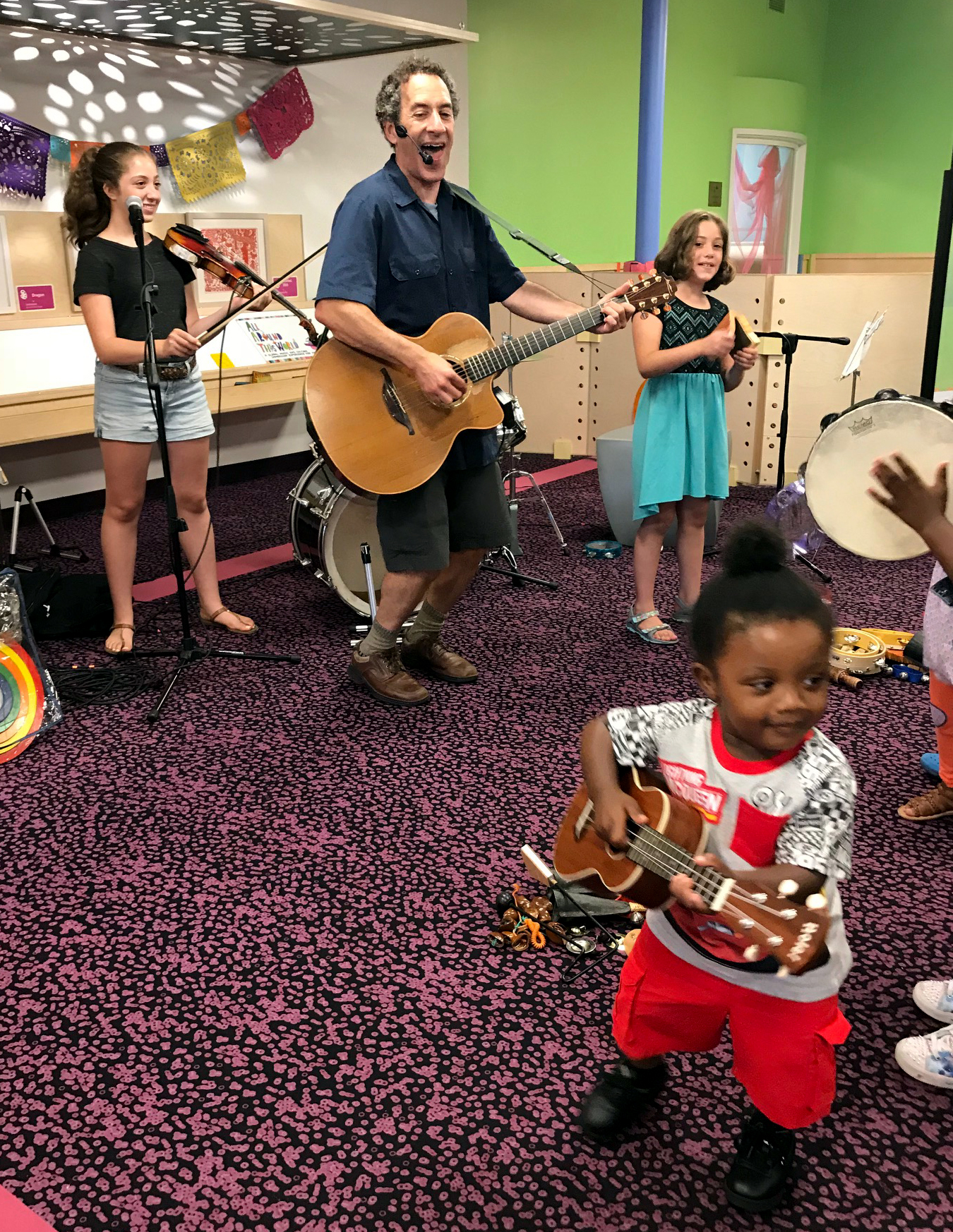 2018-07-18 Sand Family at DuPage Children's Museum Naperville IL